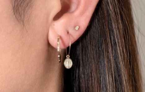 How to disinfect an earring